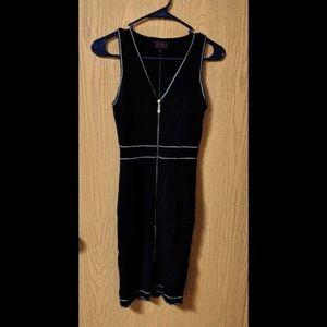 Dresses & Skirts - Little Black Dress ✨